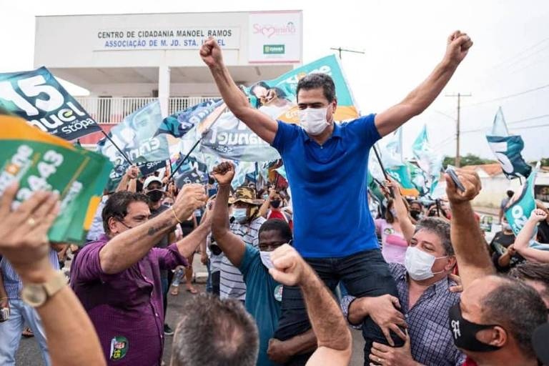 Emanuel Pinheiro (MDB) é reeleito em Cuiabá em disputa contra vereador