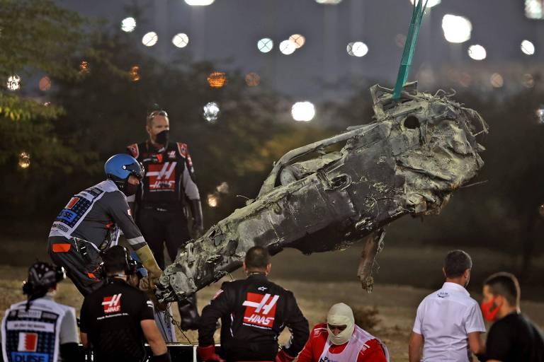 Cockpit do carro de Romain Grosjean após acidente no GP do Bahrein; ele escapou com ferimentos leves