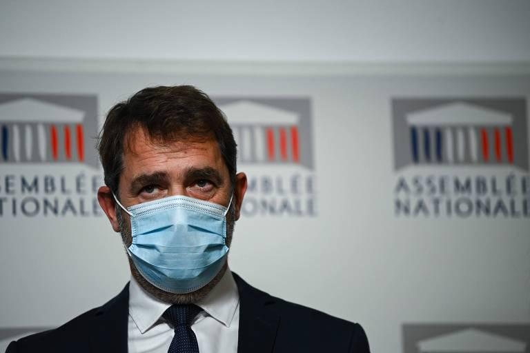 Assembleia francesa diz que vai reescrever artigo que proíbe gravação de policiais