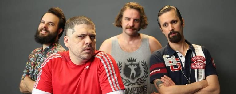 Raul, Caito, Leandro e Daniel, pilotos do transporte alternativo, agora de olho no cinema nacional