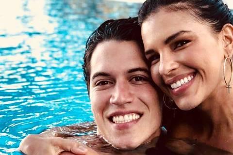 Mariana Rios  com o noivo, Lucas Kalil
