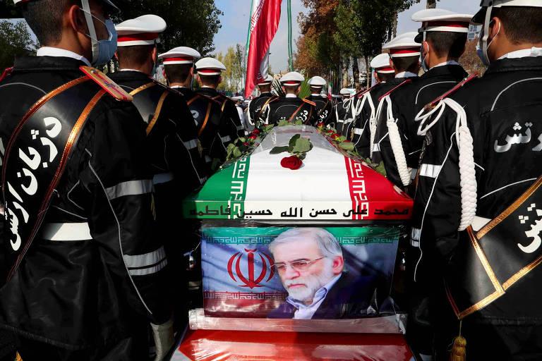 Irã aprova lei para aumentar enriquecimento de urânio se EUA mantiverem sanções