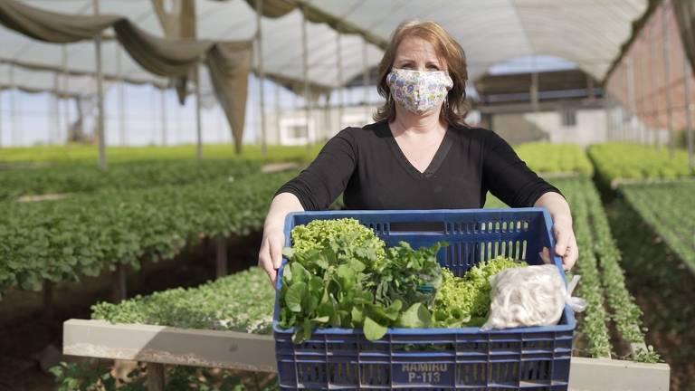 Ação de produtora rural evita perda no campo e alimenta quem tem fome