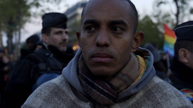 Veja cenas de 'Soldado Estrangeiro'