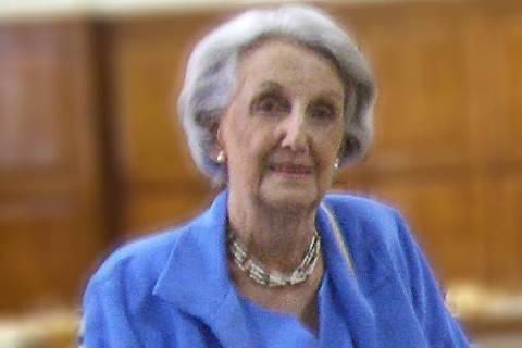 Dora Muylaert Antunes (1923-2020)