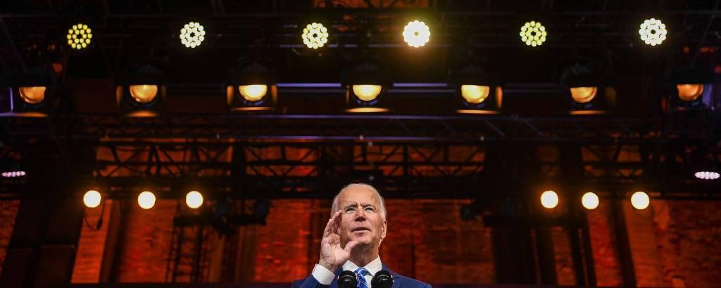 Joe Biden discursa em teatro em Wilmington, Delaware