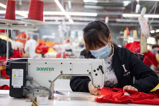 Xinhua Headlines: Xi announces major victory in poverty alleviation