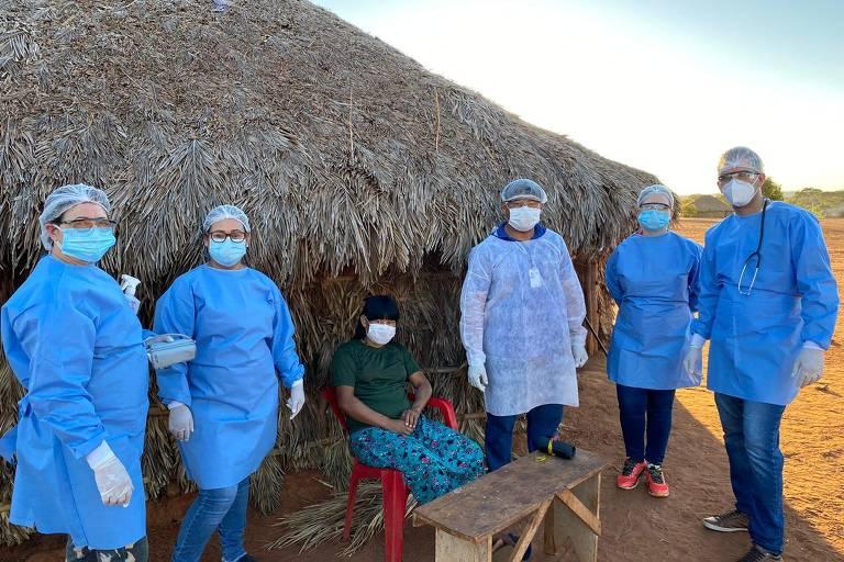 """Iniciativa """"S.O.S Povos da Floresta - Missão Covid-19"""" da ONG Expedicionários da Saúde socorreu comunidades indígenas da Amazônia, beneficiando mais de 74 mil pessoas"""
