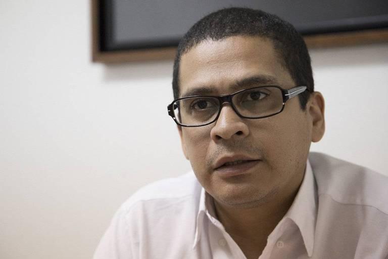 O acadêmico Nicmer Evans, preso pelo regime da Venezuela devido a críticas ao governo