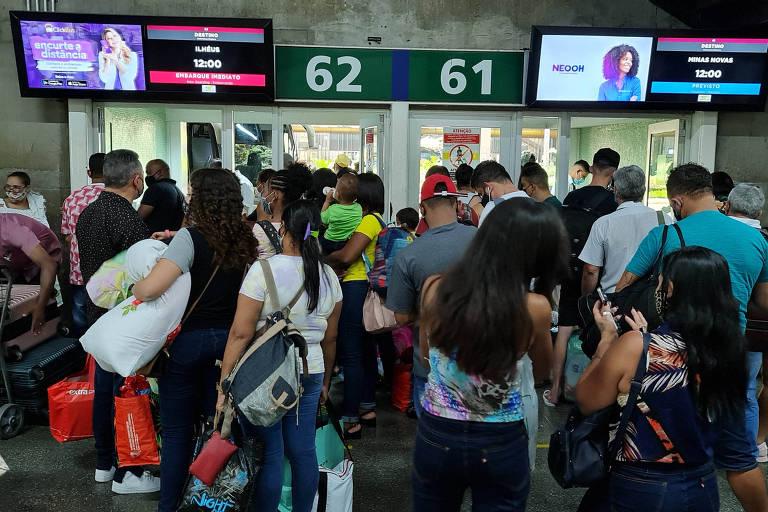 Terminais rodoviários de SP têm falta de controle contra pandemia