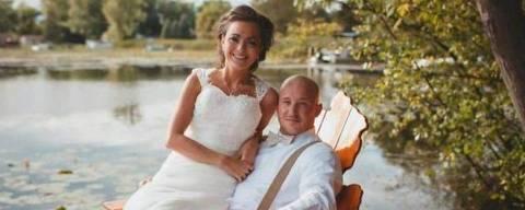 'Me mata não me lembrar do nosso casamento', diz Camre Curto