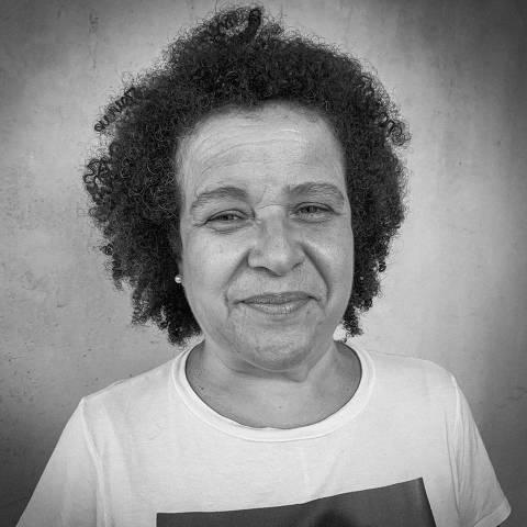 Ana Lucia Pedro Fontes / Heróis Usam Máscaras