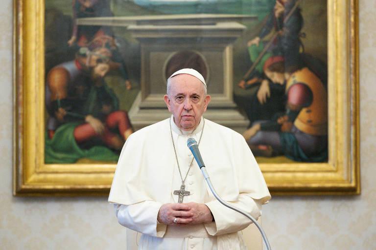 Papa Francisco tenta costurar diálogo com Islã em visita inédita ao Iraque