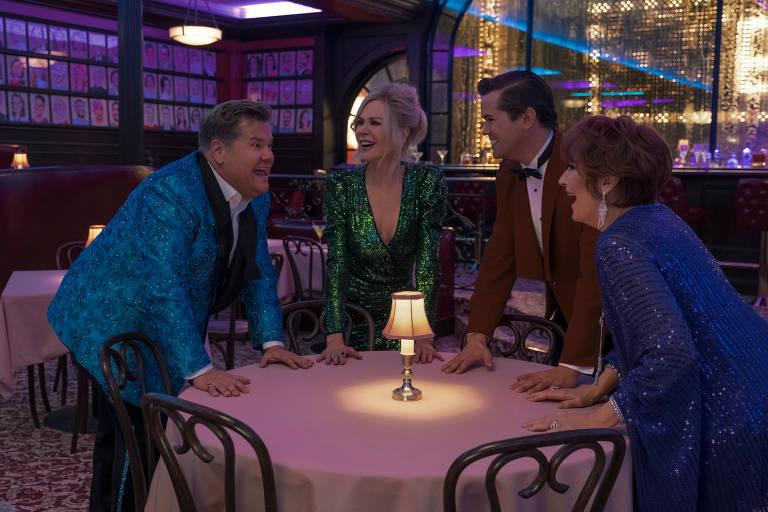"""James Corden, Nicole Kidman, Andrew Rannells e Meryl Streep em cena do filme """"A Festa de Formatura"""", de Ryan Murphy"""