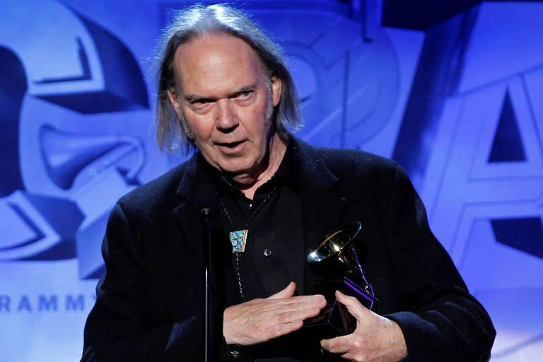 Neil Young durante o Grammy de 2011, em Los Angeles