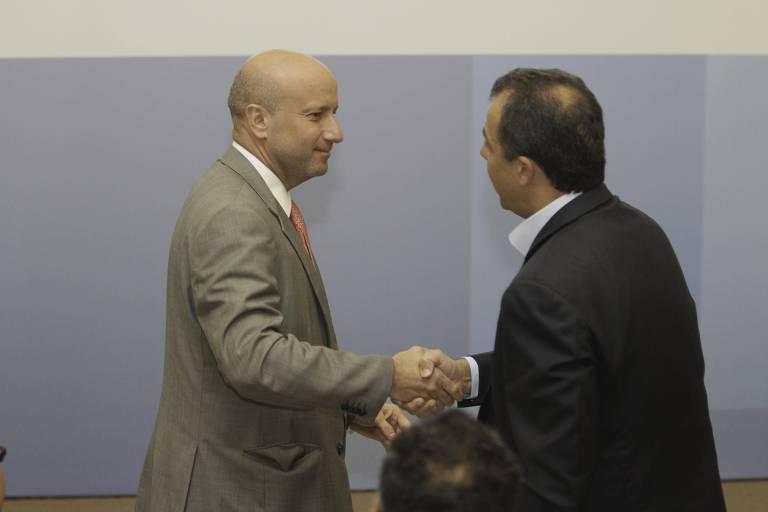 Em 2012, o então secretário estadual de Saúde, Sérgio Côrtes, e o governador Sérgio Cabral