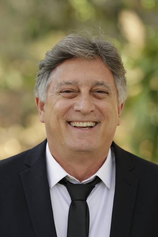 Imagens do ator Eduardo Galvão