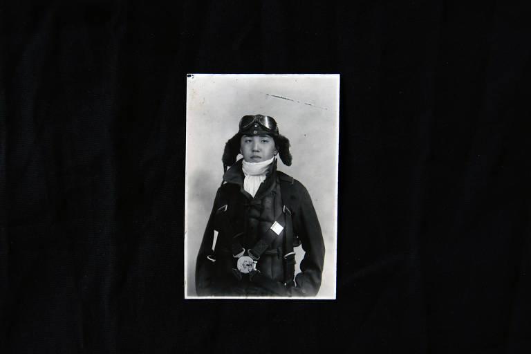 Retrato de Kazuo Odachi, ex-piloto camicase, aos 18 anos