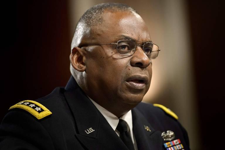 O general aposentado Lloyd Austin durante audiência no Senado americano