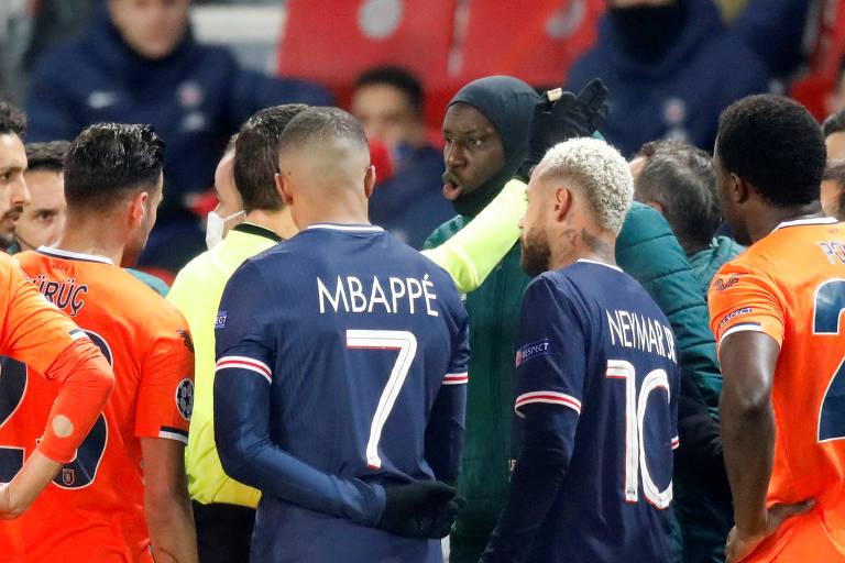 Jogo entre PSG e Basaksehir pela Champions é suspenso após caso de racismo