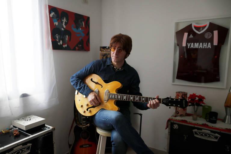 O argentino Javier Parisi é um megafã dos Beatles desde os 8 anos