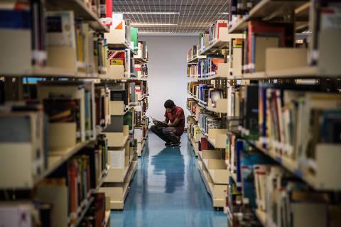 SÃO PAULO, SP, BRASIL 05.03.2018 Biblioteca José Paulo Paes, no Centro Cultural da Penha (Foto: Alberto Rocha/Folhapress)