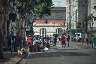 Rua Helvétia, na região da Cracolândia, em SP