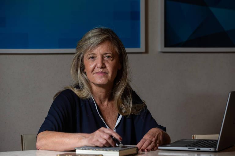 Margareth Goldenberg, 59, psicóloga e sócia-diretora da Goldenberg Diversidade, em sua casa; faturamento cresceu 30% neste ano