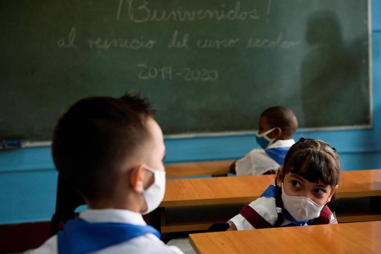 Cuba prepara vacinas contra Covid enquanto vive expectativa de melhora com Biden