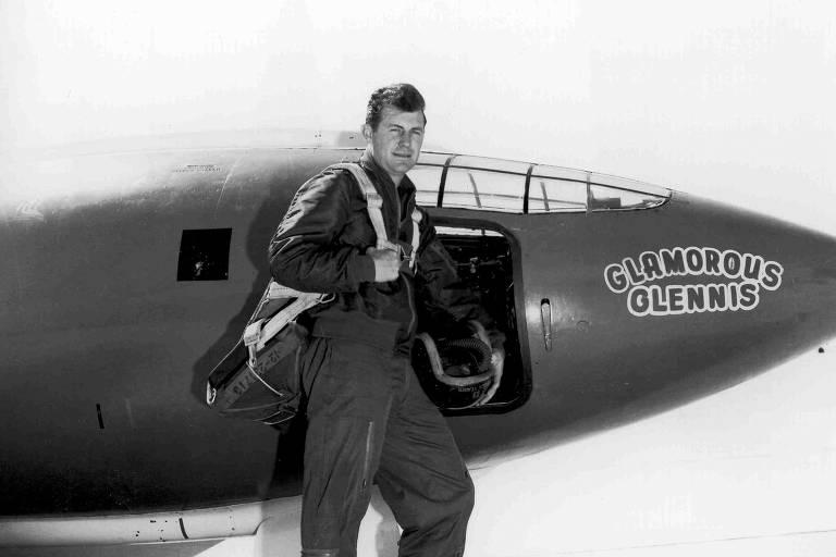 Chuck Yeager, primeiro piloto a romper a barreira do som