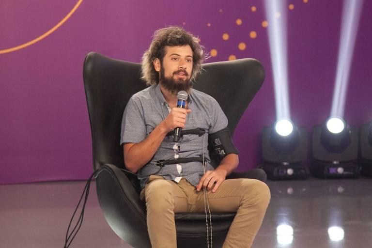Cartolouco participa do programa de Rodrigo Faro após eliminação de A Fazenda 12