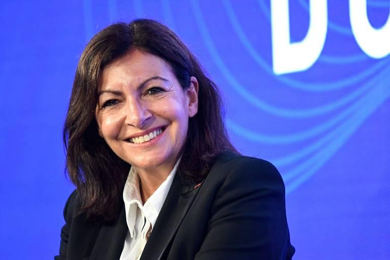 Prefeitura de Paris é multada por empregar mulheres demais em cargos de direção