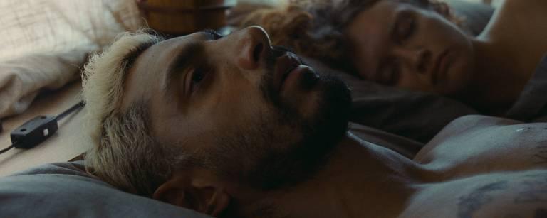 Veja imagens de 'O Som do Silêncio'