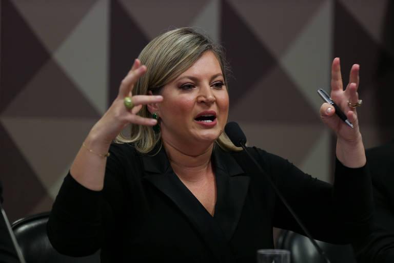 A deputada federal Joice Hasselmann (PSL-SP) durante depoimento em sessão da CPMI das Fake News, fala sobre os ataques virtuais que sofreu ao deixar a liderança do governo