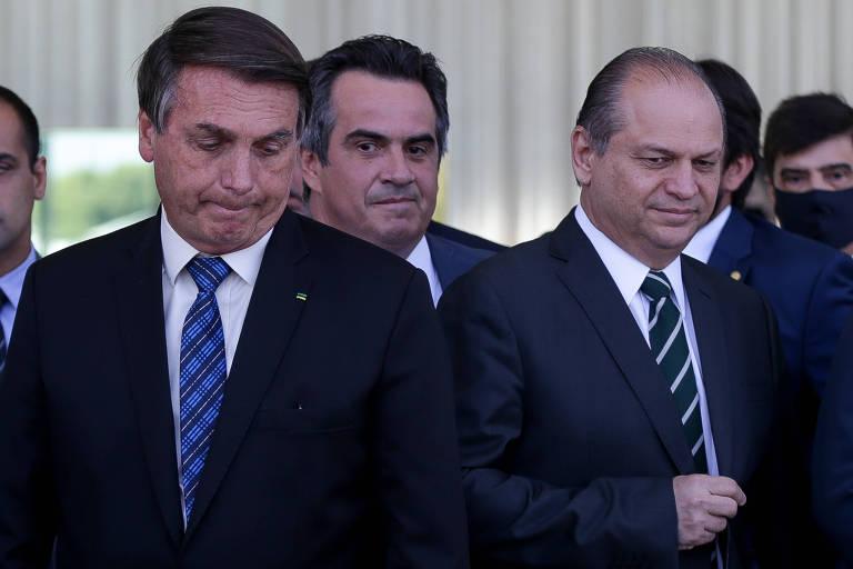 O presidente Jair Bolsonaro, o senador Ciro Nogueira (PP-PI) e o deputado Ricardo Barros (PP-PR), líder do governo na Câmara