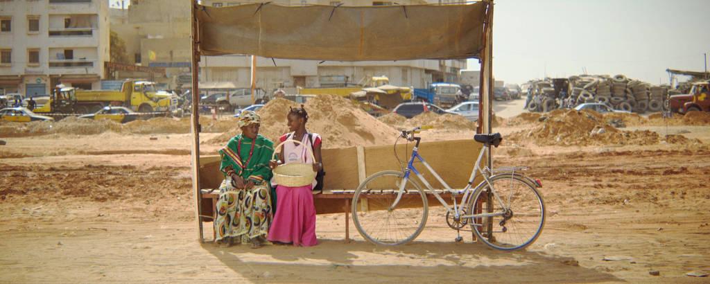 """Cena do curta """"Mama Bobo"""", de Robin Andelfinger e Ibrahima Seydi (Senegal/Bélgica/França)"""