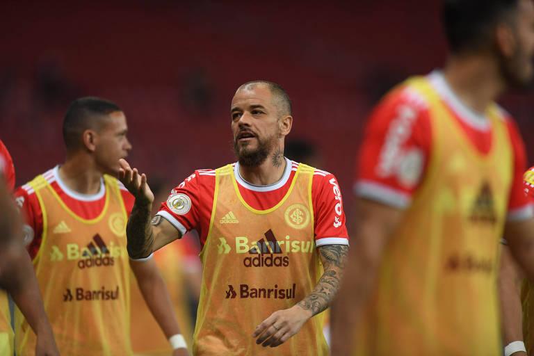 O meia Andrés D'Alessandro fez sua última partida pelo Internacional contra o Palmeiras, pela 26ª rodada do Brasileirão, no Beira-Rio, em Porto Alegre