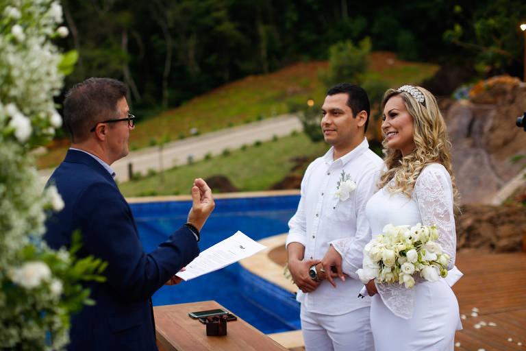 Andressa Urach se casou com Thiago Lopes nesta segunda-feira (21)