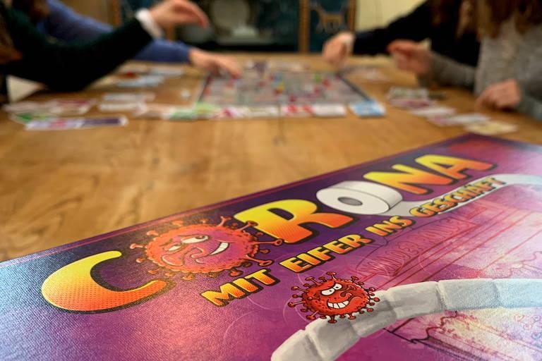 Irmãs alemãs inventam jogo de tabuleiro do coronavírus