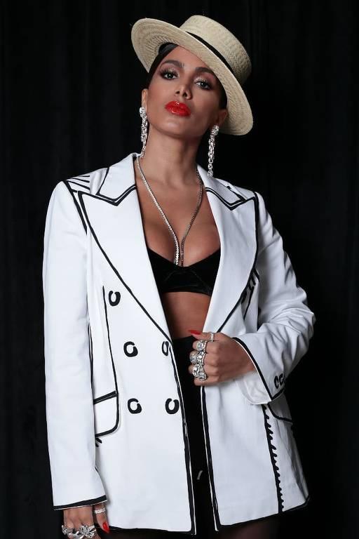 Imagens de Anitta - parte 2