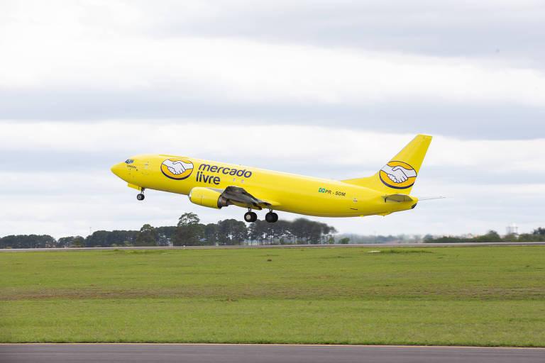 Mercado Livre contratou frota com quatro aviões para entregas; empresa investiu R$ 4 bi no ano