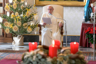 FILE PHOTO: Pope Francis holds the weekly general audience