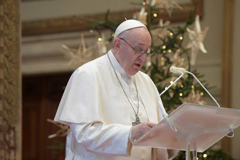 Em mensagem de Natal, papa Francisco pede que países compartilhem vacinas
