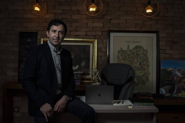 Ex-feirante na BA, pesquisador estuda novas tecnologias para vacina da Covid na USP
