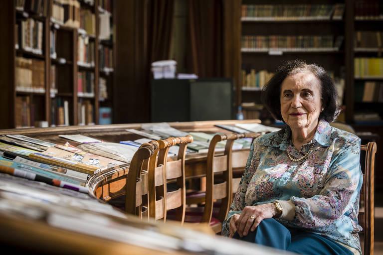 Anna Maria Martins (1924-2020)