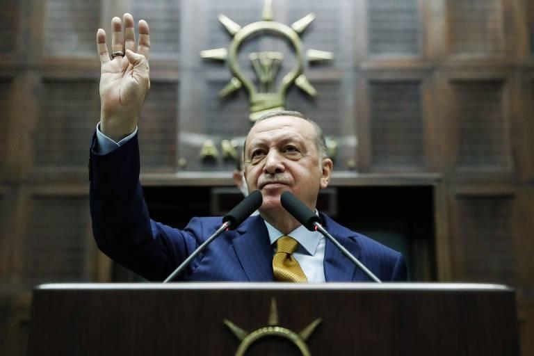 Turquia mantém preso empresário acusado de participar de tentativa de golpe contra Erdogan
