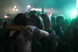 Protests as senate debates abortion bill in Buenos Aires