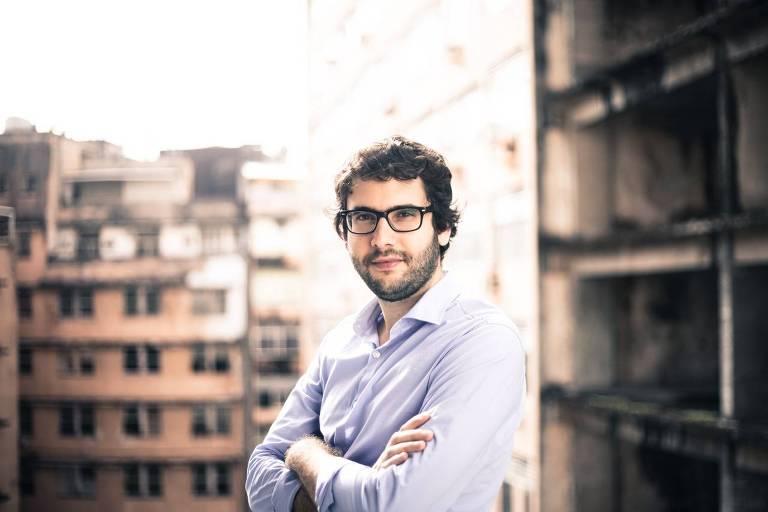 Filipe Campello -  Doutor em filosofia pela Universidade de Frankfurt, pós-doutorado pela New School for Social Research (Nova York) e professor de filosofia da Universidade Federal de Pernambuco
