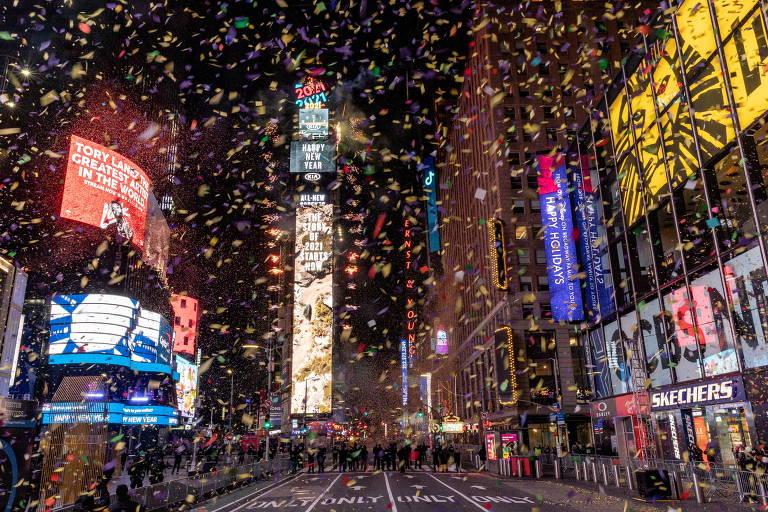 Sob a sombra da Covid-19, países celebram Ano-Novo com discrição
