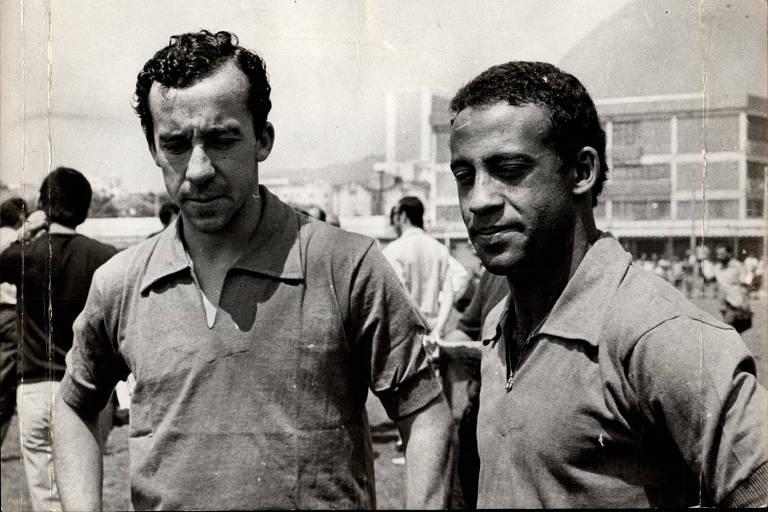 Tostão e Dirceu, ídolos históricos do clube, em registro do fim dos anos 1960